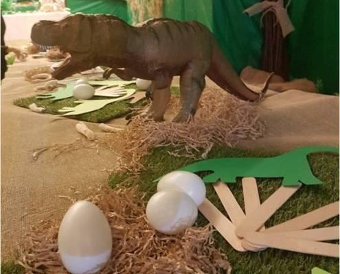 dinosauro party 07